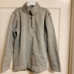 Old Navy Sweater. Worn once. Size Youth 8